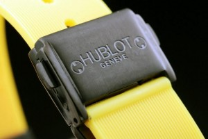 hublot-black-surface-yellow-bracelet-women-watches-hb2645-99_1